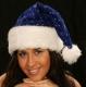 Weihnachtsmütze blau mit silbernen Sternen, Pelzrand und Leuchtbommel